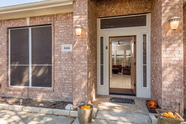 8416 Grand View Drive, North Richland Hills, TX - USA (photo 5)