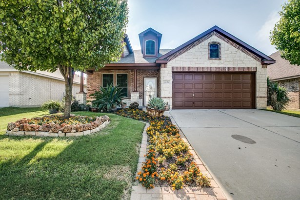 1638 Country Hills Drive, Waxahachie, TX - USA (photo 1)