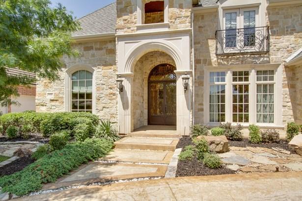 17515 Woods Edge Drive, Dallas, TX - USA (photo 3)