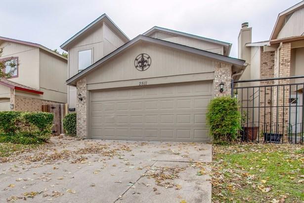 2811 Capella Circle, Garland, TX - USA (photo 1)