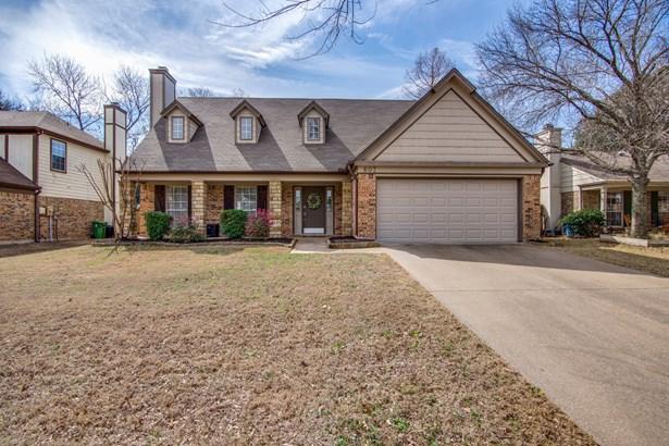 607 Ashcroft Drive, Grapevine, TX - USA (photo 1)
