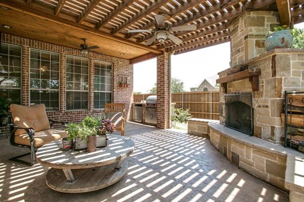 10503 Whispering Pines Drive, Frisco, TX - USA (photo 2)