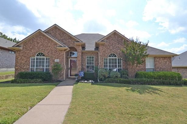 4044 Brazos Drive, Carrollton, TX - USA (photo 1)
