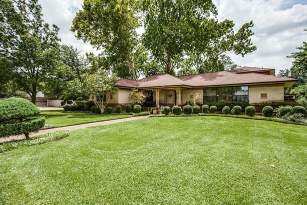 1713 Patricia Lane, Garland, TX - USA (photo 1)