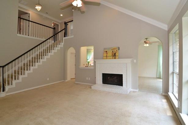 2725 Green Oak Court, Highland Village, TX - USA (photo 3)