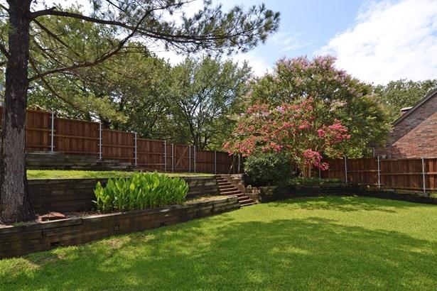 2725 Green Oak Court, Highland Village, TX - USA (photo 4)