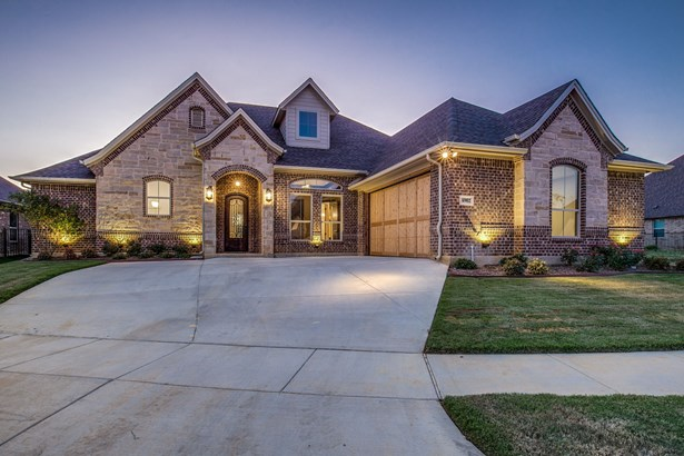 6902 Clayton Nicholas Court, Arlington, TX - USA (photo 1)