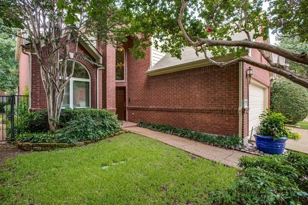 3815 Azure Lane, Addison, TX - USA (photo 2)