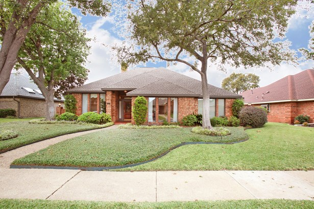 2127 Windy Ridge Lane, Garland, TX - USA (photo 1)