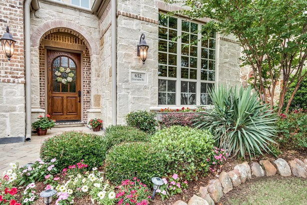 652 Clearwater, Irving, TX - USA (photo 2)