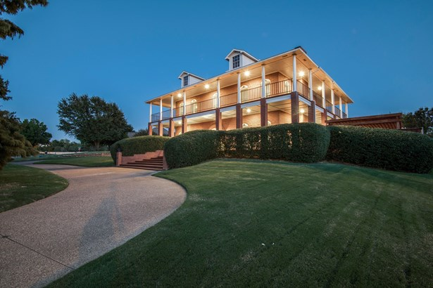 2232 High Country Drive, Carrollton, TX - USA (photo 1)