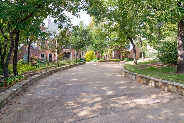 1204 Wyndham Hill Lane, Southlake, TX - USA (photo 2)