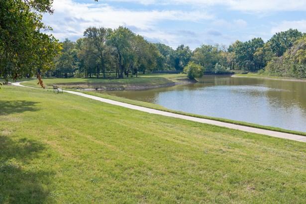 1204 Wyndham Hill Lane, Southlake, TX - USA (photo 4)