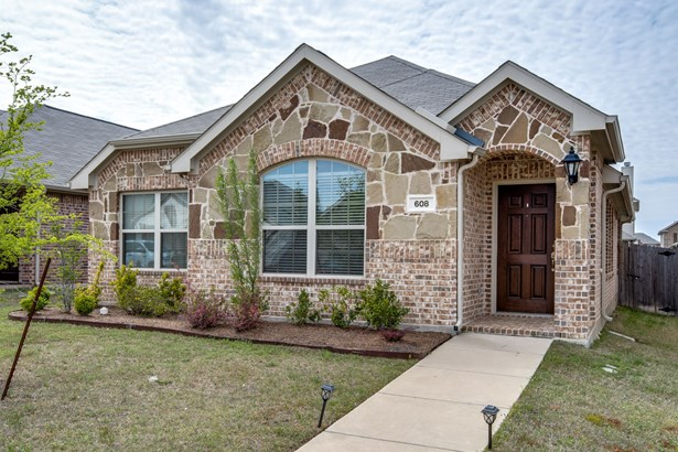 608 Cheyenne Drive, Aubrey, TX - USA (photo 1)