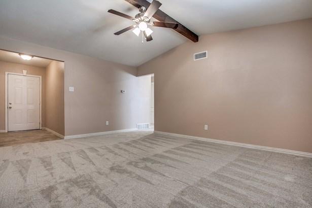 805 Rex Lane, Garland, TX - USA (photo 2)
