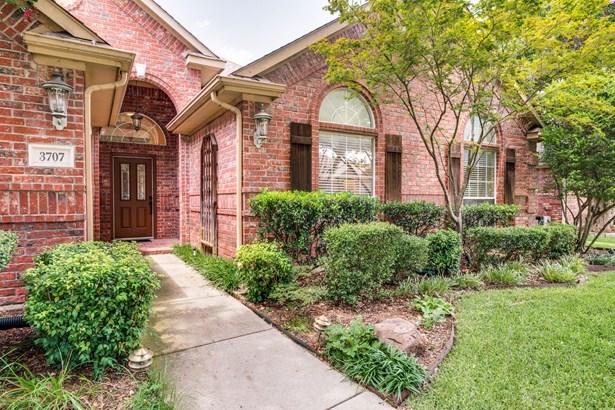 3707 Old Orchard Court, Carrollton, TX - USA (photo 5)