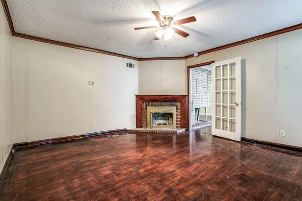2106 Lanark Avenue, Dallas, TX - USA (photo 4)