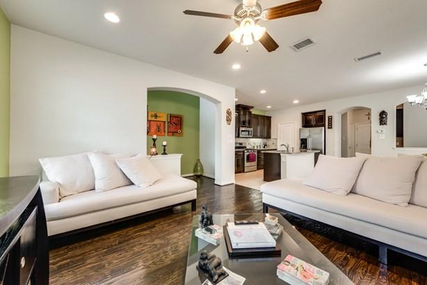 540 S Greenville Avenue, Richardson, TX - USA (photo 5)