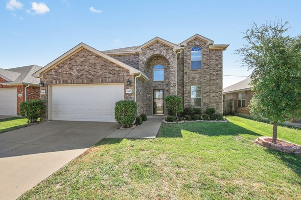 2048 Dripping Springs Drive, Forney, TX - USA (photo 1)