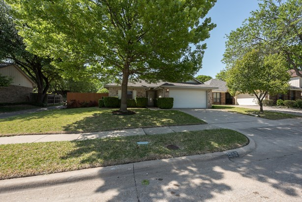 2602 Strother Drive, Garland, TX - USA (photo 2)