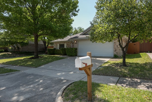 2602 Strother Drive, Garland, TX - USA (photo 3)