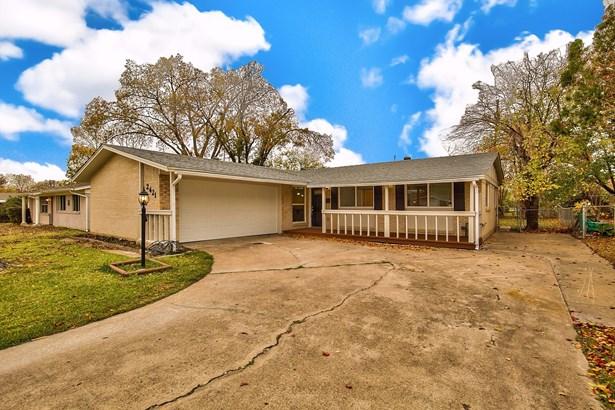 2421 Ridgewood Street, Irving, TX - USA (photo 1)
