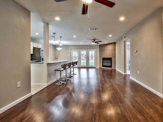 2421 Ridgewood Street, Irving, TX - USA (photo 5)