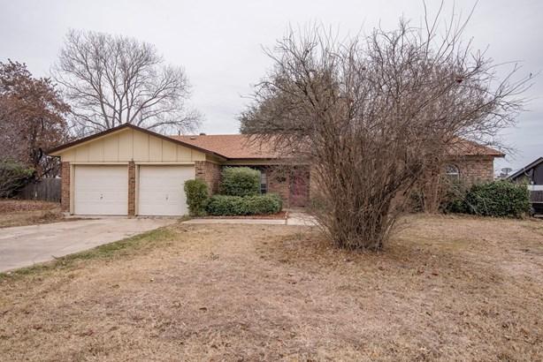 8109 Jerrie Jo Drive, North Richland Hills, TX - USA (photo 1)