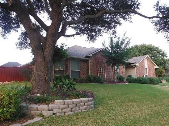 3402 Greenview, Garland, TX - USA (photo 1)