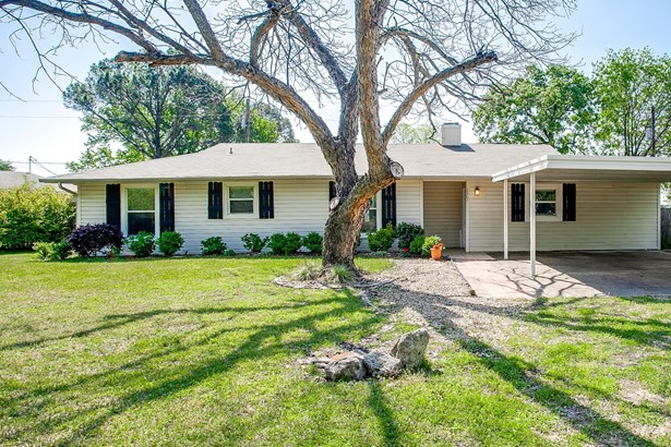 2365 Arrow Lane, Quinlan, TX - USA (photo 1)