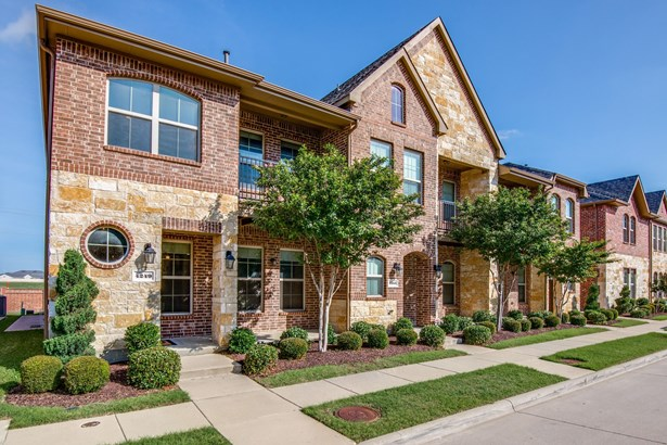 4249 Kiowa Drive, Carrollton, TX - USA (photo 2)
