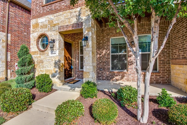 4249 Kiowa Drive, Carrollton, TX - USA (photo 3)