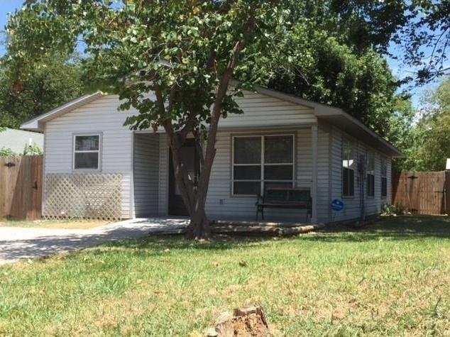 611 Jackson Street, Denton, TX - USA (photo 1)
