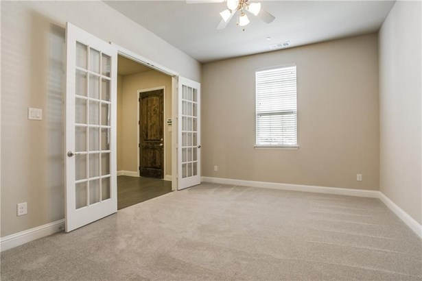 594 Reale Drive, Irving, TX - USA (photo 4)