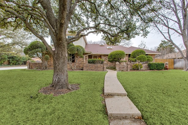 328 Goldfinch Drive, Fort Worth, TX - USA (photo 1)