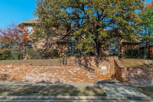 2712 Winding Hollow Lane, Arlington, TX - USA (photo 1)