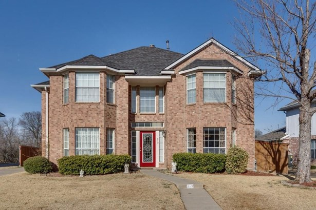 819 Spring Mills Road, Mesquite, TX - USA (photo 1)