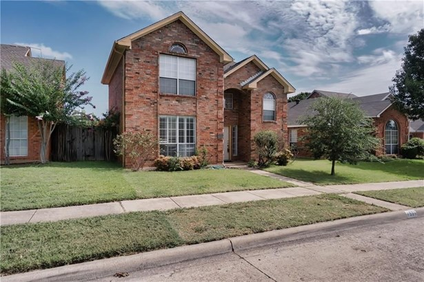 1331 Overlook Drive, Lewisville, TX - USA (photo 2)