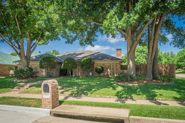 3011 N Spring Drive, Richardson, TX - USA (photo 2)