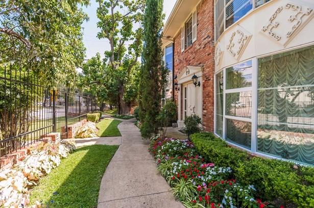 5027 Cedar Springs Road 5027c, Dallas, TX - USA (photo 2)