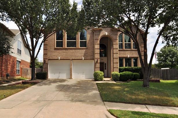 3905 Lacebark Lane, Bedford, TX - USA (photo 2)