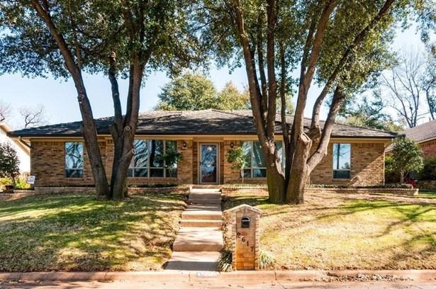 2617 Riveroaks Drive, Arlington, TX - USA (photo 1)