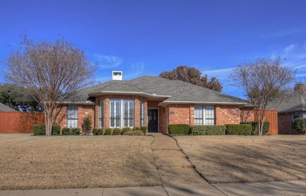 2213 Bluffton Drive, Plano, TX - USA (photo 2)