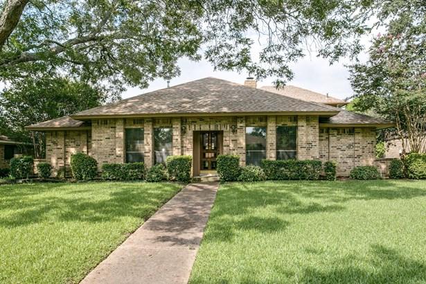 13145 Halwin Circle, Dallas, TX - USA (photo 1)