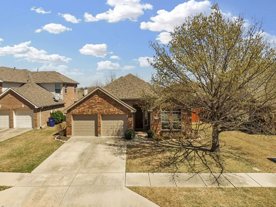 6511 Holly Crest Lane, Sachse, TX - USA (photo 3)