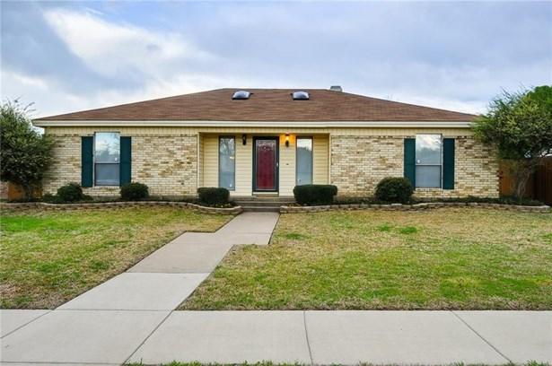 1332 Lark Lane, Lewisville, TX - USA (photo 1)