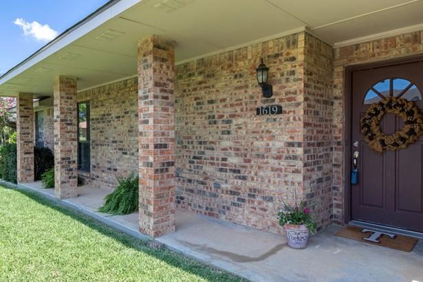 1619 Saint James Drive, Carrollton, TX - USA (photo 4)