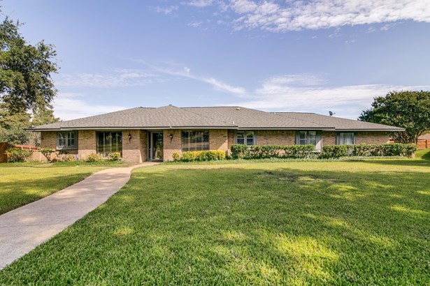 3218 Colonel Circle, Garland, TX - USA (photo 2)