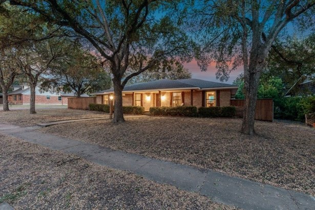 13656 Rolling Hills Lane, Dallas, TX - USA (photo 2)