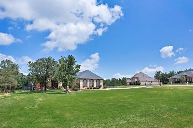 7381 Hinton Drive, Mansfield, TX - USA (photo 2)
